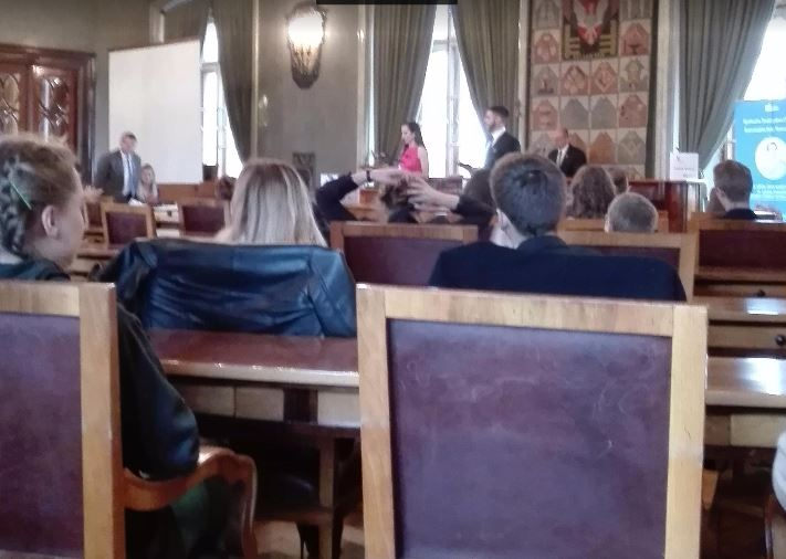 Debata oksfordzka z udziałem Liceum XLIII w Krakowie