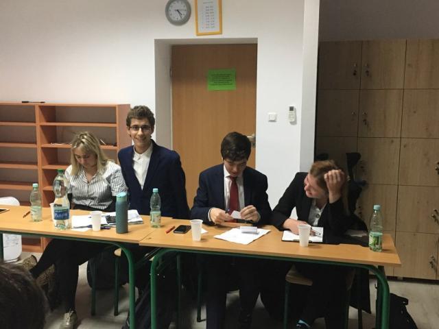 Szkoła Debaty - Awans drużyny